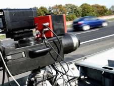 Snelheidsduivel scheurt met 194 kilometer per uur over A2 bij Nieuwegein (waar je maar 100 mag)