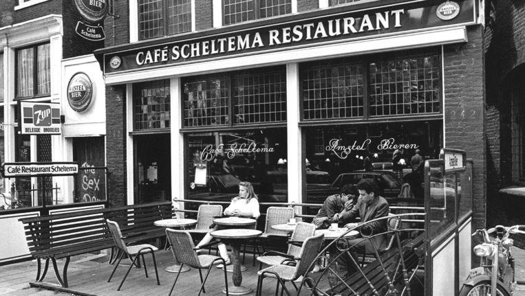 Café Scheltema in 1982 Beeld anp