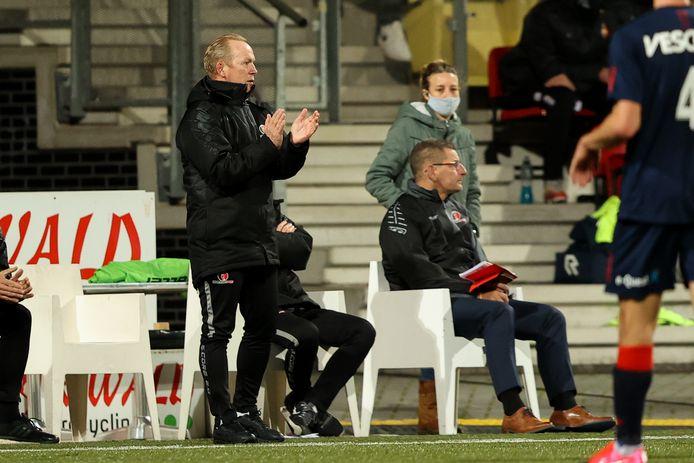 Helmond Sport-trainer Wil Boessen zag zijn ploeg vrijdagavond onnodig verliezen van Telstar.