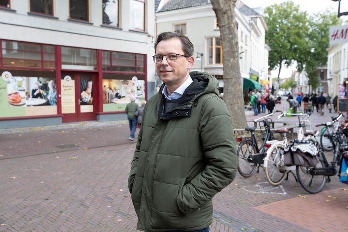 Binnenstadsmanagers zoals Remco Feith worden overspoeld met vragen over de effecten van corona op stadscentra.