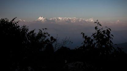 """Helikopters ingezet bij zoektocht naar acht vermiste klimmers in Himalaya, """"kans op overleven nihil"""""""