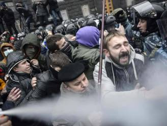Pro-Europese manifestatie ontaardt in clash met ordetroepen