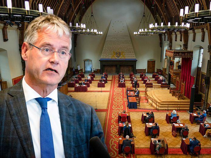 Minister Arie Slob (Onderwijs) hoopt vandaag de fusietoets af te schaffen, zoals de coalitie in het regeerakkoord afsprak. Maar de stemming in de Eerste Kamer, die vanwege de coronamaatregelen in de Ridderzaal vergadert, wordt vandaag spannend.