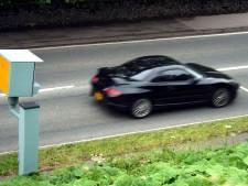 Beginnend bestuurder rijdt 200 kilometer per uur over A2 in huurauto