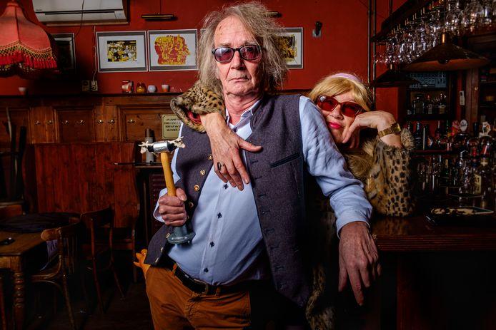 Sjon Brands en Dorith van der Lee van Het Theater van de Verloren Tijd te Weemoed.