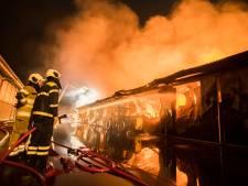 Boerderij Werkhoven voor derde keer getroffen door brand: vijftig dieren komen om