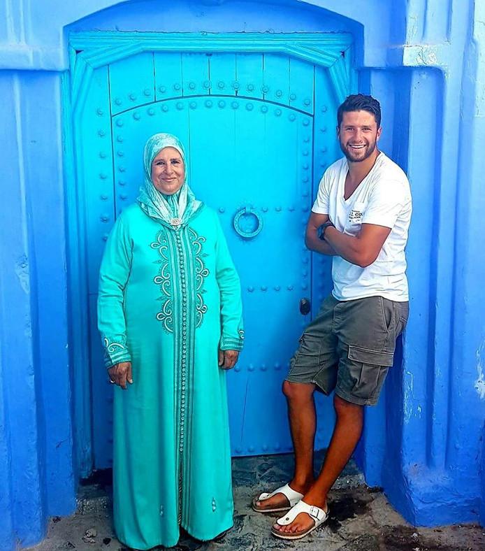 Mohsin met zijn moeder Fadila.