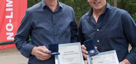 Leden loopgroep No Limits krijgen medaille Bladel