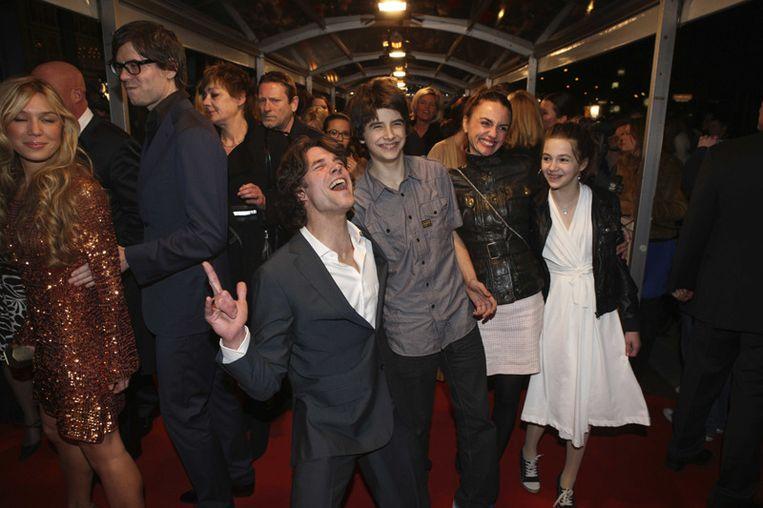 Acteur Daniel Boissevain (Tom, ex van Anouk) met zijn kinderen <br /> Beeld