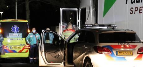 Overleden trucker in vrachtwagen langs A2 niet door misdrijf om het leven gekomen