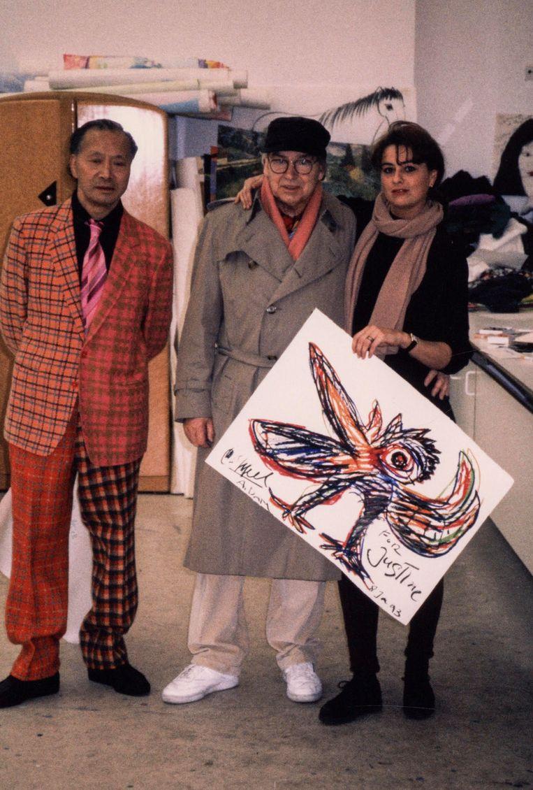 Met Karel Appel en Walasse Ting, 1993. Beeld