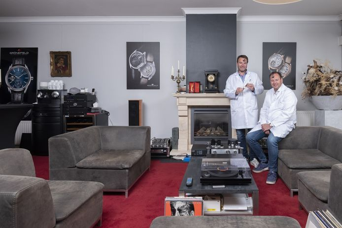 The Horological Brothers Bart (50, links) en Tim (47) Grönefeld uit Oldenzaal.