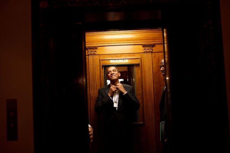 Obama in het Witte Huis, na een inauguratiebal. Beeld Pete Souza / The White House