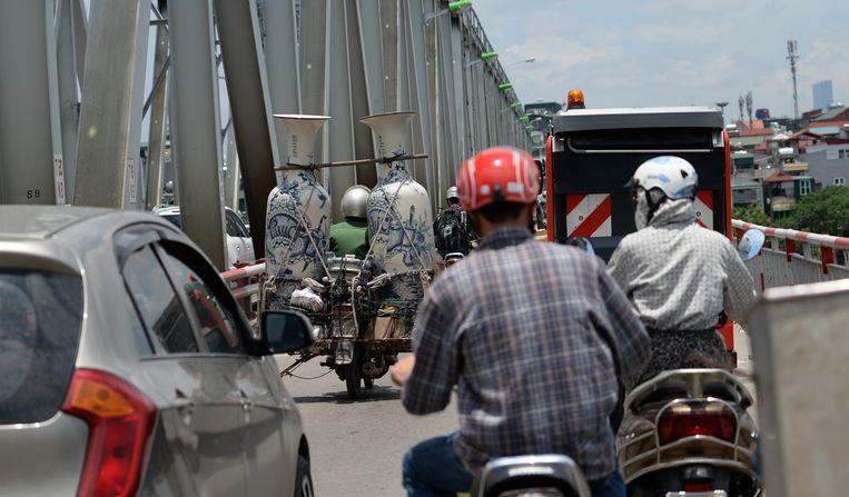 Vijf miljoen motorfietsen rijden rond in de Vietnamese hoofdstad Hanoi.