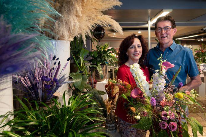 Coby en Huib Konings nemen afscheid van hun bloemenwinkel in Schijndel.