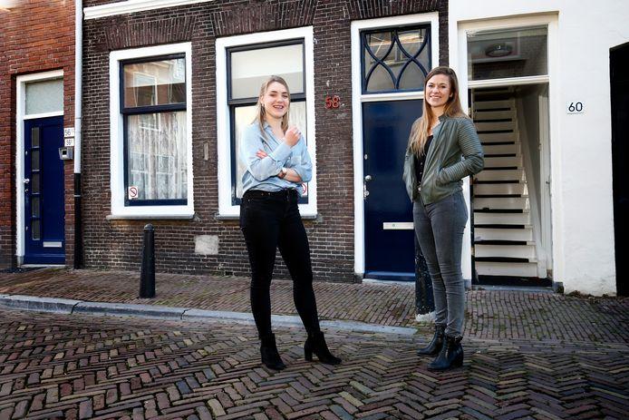 Annelie en Marjolein (rechts) wonen beide in de Lange Lauwerstraat.