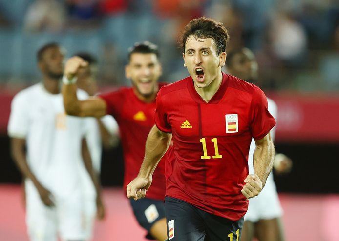 Mikel Oyarzabal maakt de winnende goal.