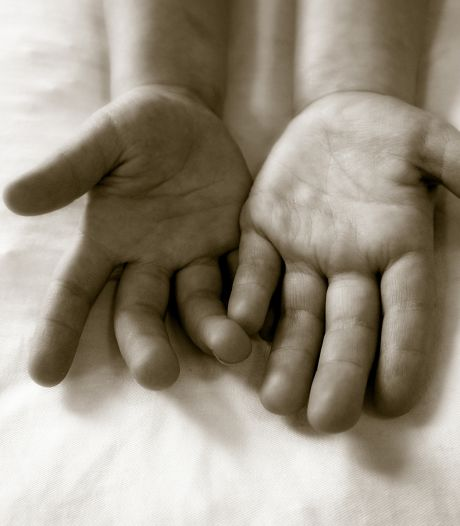 Zaak tegen vader die kinderen (1, 3 en 4) ontvoerd zou hebben, duurt voort: 'Hij houdt steeds de boot af'