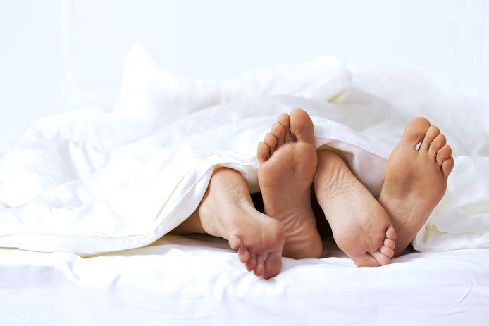 Zelfs als je onveilige seks stopzet voor de man is klaargekomen, is er nog steeds een risico op besmetting.