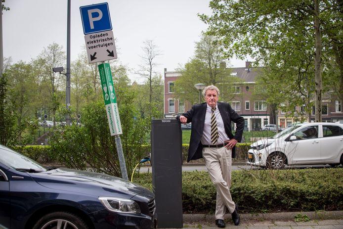 Wetenschapsjournalist en Elsevier-columnist Simon Rozendaal is zeer sceptisch over windmolens en zonnepanelen