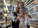 Jos van Eck met zijn vrouw Lindsey en dochter Abbygail. Lindey overleed deze zomer aan borstkanker.