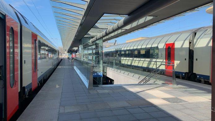 De man werd in het station van Brugge van de trein gehaald.