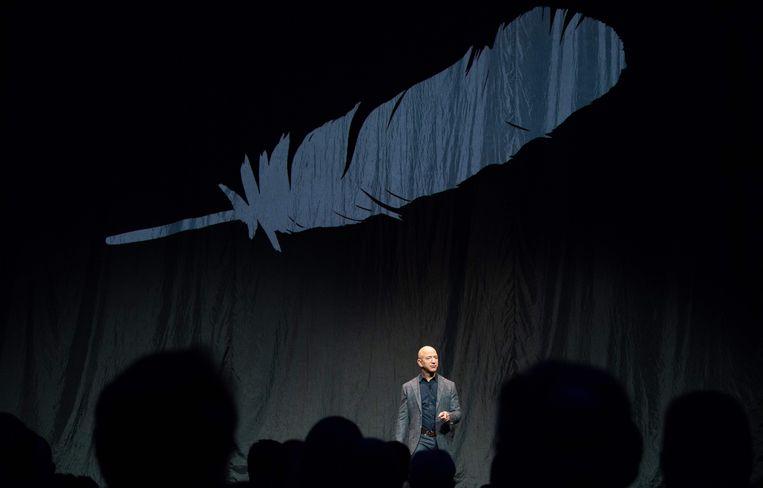 Jeff Bezos, volgens Forbes nog altijd de rijkste man op aarde.  Beeld AFP