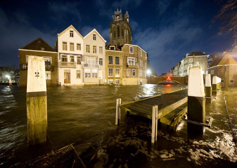Dordrecht moet zich wapenen tegen hoge rivierstanden. Beeld ANP