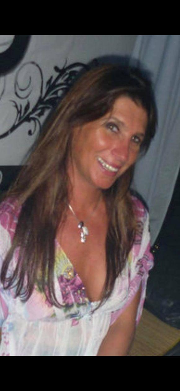 Haar hele leven werkte Nathalie in de horeca. Ze was vooral ook een zorgzame mama voor haar twee zonen.