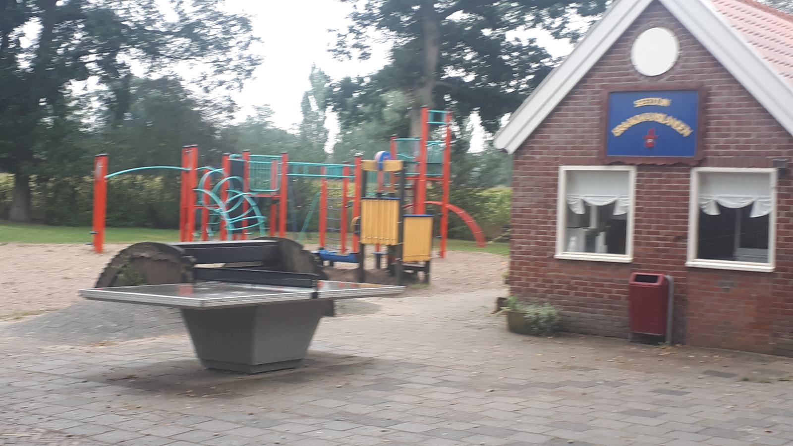 De speeltuin aan de Keizersdijk in de wijk Braakmanslanden in Rijssen.