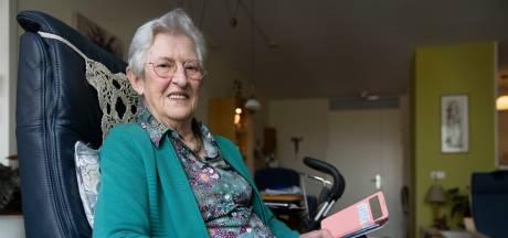 Generoos (84) voelt zich eenzaam en dus moet  Belcirkel Schijndel haar helpen: 'Ik was al blij als de zorg op maandag kwam'
