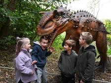 Hand in bek van tyrannosaurus: 'Ze leven toch niet meer'