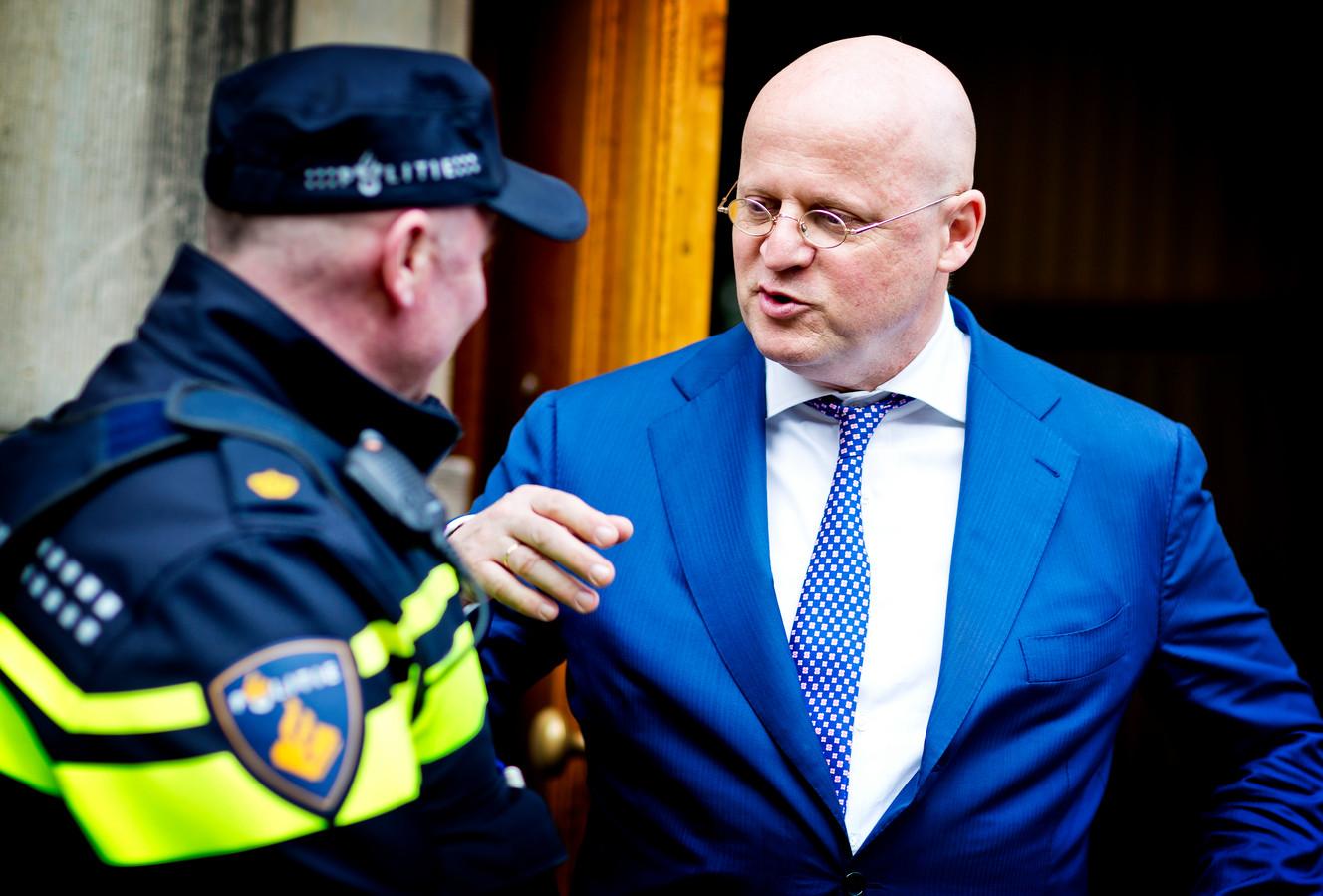 Politie Oost-Nederland Krijgt Er 7,8 Miljoen Euro Bij Voor