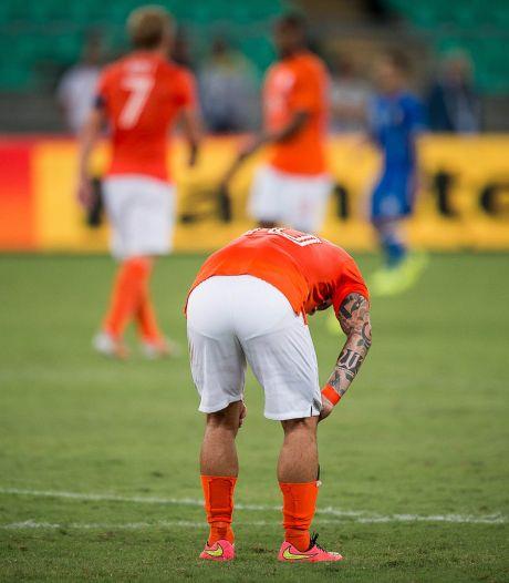 Oranje in uitverkocht stadion tegen Tsjechië