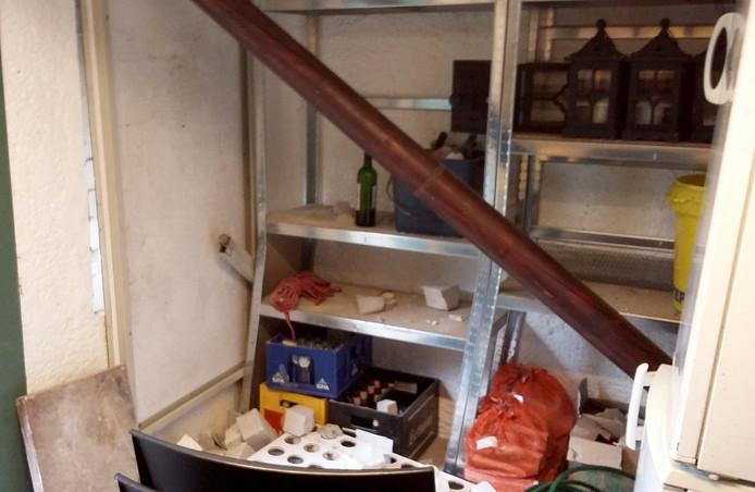 vernielingen in het sprookjeshuis in openlucht theater vrouwenhof in roosendaal foto alfred de bruin