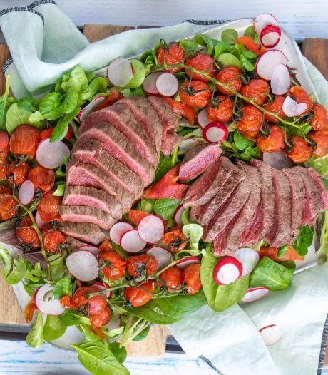 Wat Eten We Vandaag: Biefstuksalade met gepofte tomaatjes