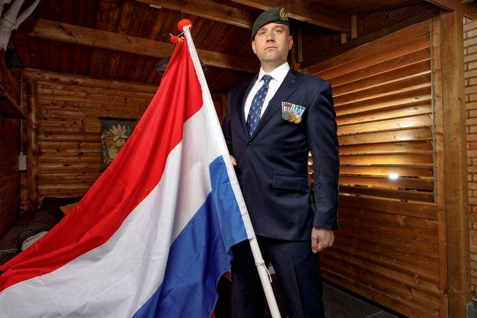 Gert Nieveen zou op de dam als militair in de erehaag staan, maar dat gaat niet door.