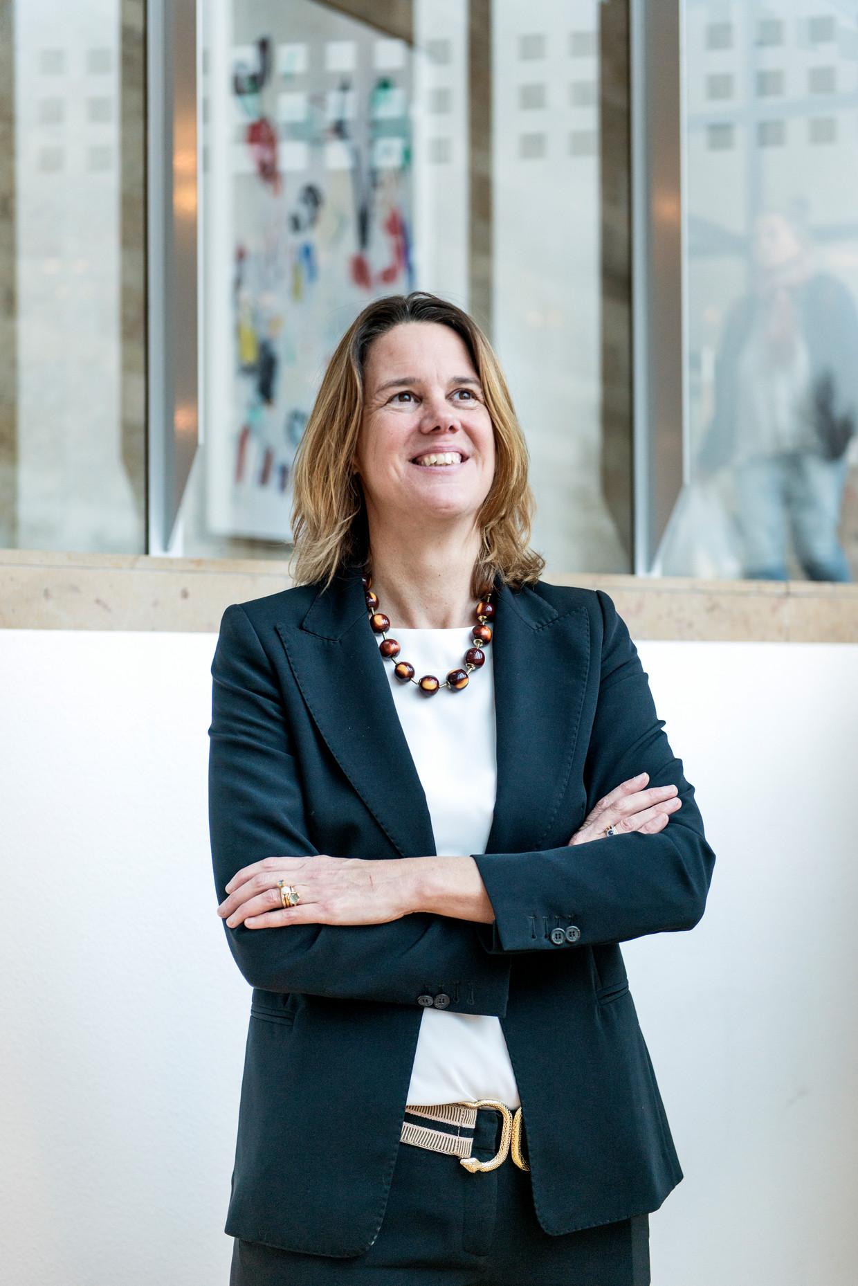 Marit van Egmond: 'Na elke persconferentie over covid zien wij de verkopen van kiwi's en sinaasappelen stijgen.' Beeld Eva Faché