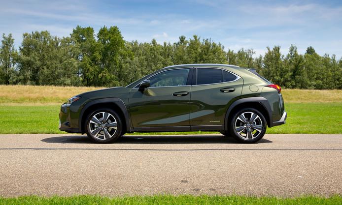 De Lexus UX heeft een uitgesproken design en een voorbeeldige wegligging.