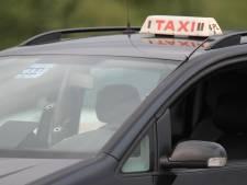 Des taxis gratuits pour permettre aux Liégeois de plus de 75 ans de se faire vacciner