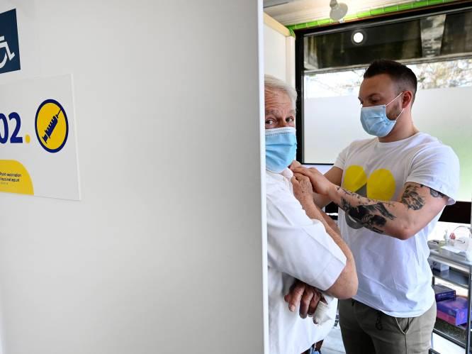 Bezorgdheid om lage vaccinatiegraad in Brussel: kwart minder 85-plussers gevaccineerd dan in Vlaanderen