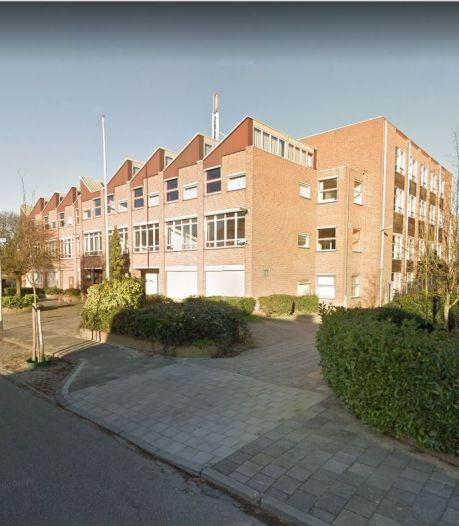 Flinke vertraging bouwplan Vossenlaan, ROC neemt school weer in gebruik