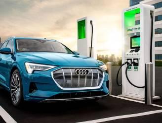 'Groene' minister Duitsland verruilt elektrische auto heimelijk voor benzinemodel