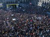 Lees terug: Ouders en leraren weer terug naar huis na onderwijsprotest: geen ongeregeldheden, wel hoge opkomst