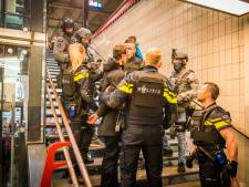 Gezochte man gearresteerd op station Eindhoven: 'Iedereen in de coupé moest zijn handen omhoog doen'