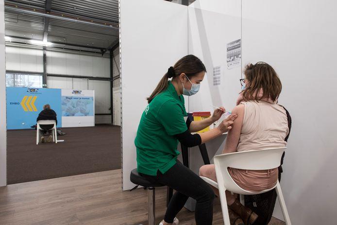 Vaccinatie in Tiel.
