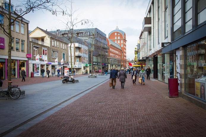 De Dordtse binnenstad staat donderdag 27 juni in het teken van 'Midsummernight Shopping'.