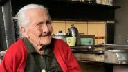 """Bertha Noë uit Opvelp wordt 109 jaar, maar coronavirus verpest haar feestje: """"Toch bloemen en cadeaus voor onze oudste inwoner"""""""