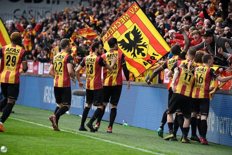 Onder meer KV Mechelen moet voor de voetbalbond verschijnen. Beeld Photo News