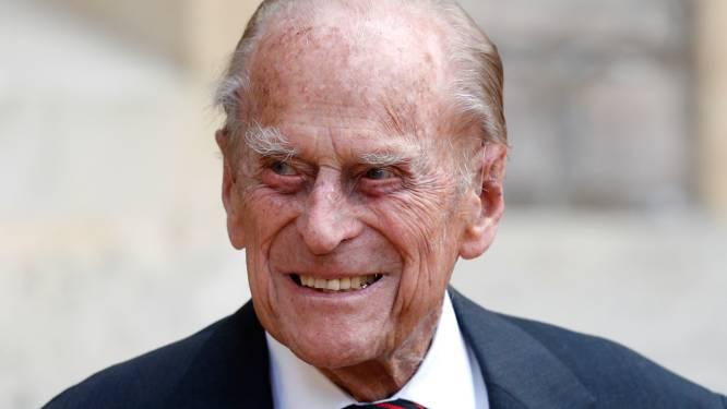 """Prins Edward geeft update over de toestand van zijn vader, prins Philip: """"Hij heeft een infectie en blijft in het ziekenhuis"""""""